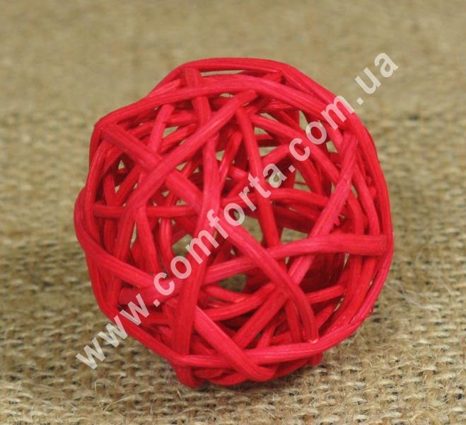 шарик из ротанга, диаметр - 5 см, цвет - красный