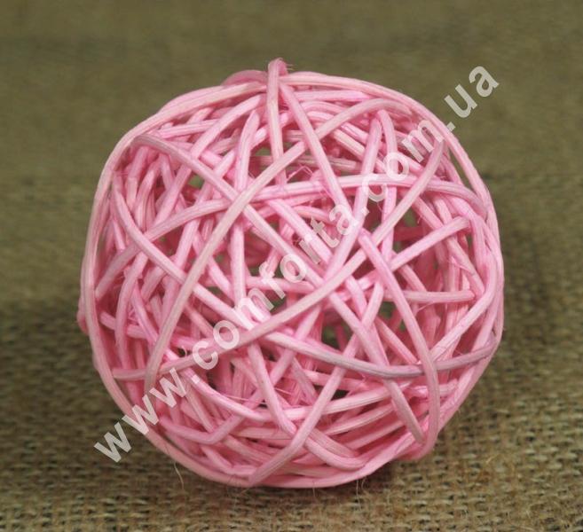 шарик из ротанга, диаметр - 7 см, цвет - розовый