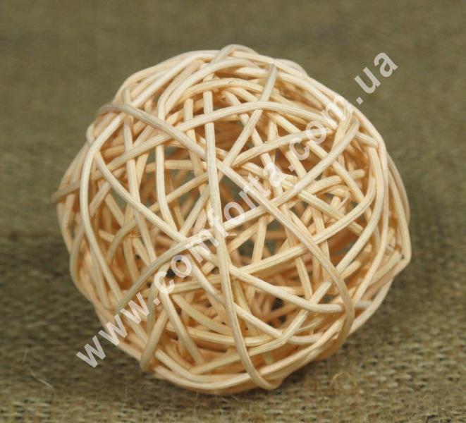 шарик из ротанга, диаметр - 7 см, цвет - персиковый