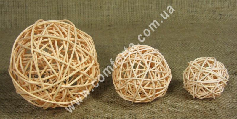 шарики из ротанга, персиковые, диаметры - 5,7,10 см
