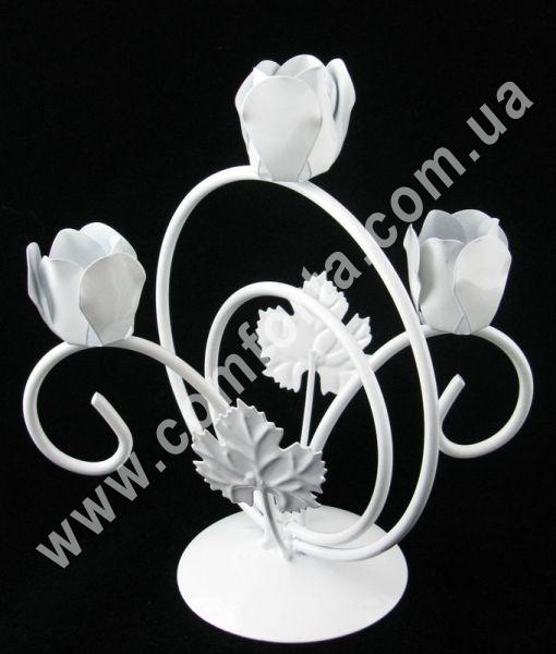 металлический подсвечник на 3 свечи, высота 19 см