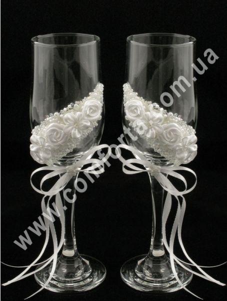 свадебные бокалы - цветочная дорога
