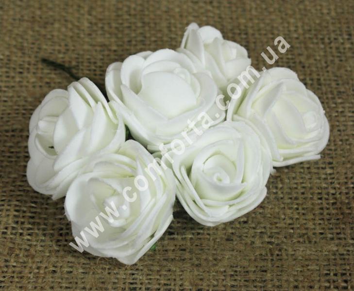 Букетик роз из латекса (6 шт), высота - 10,5 см, цвет - белый