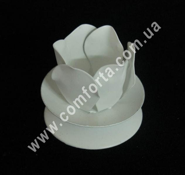 свадебный металлический подсвечник, высота - 5 см, ширина - 6 см