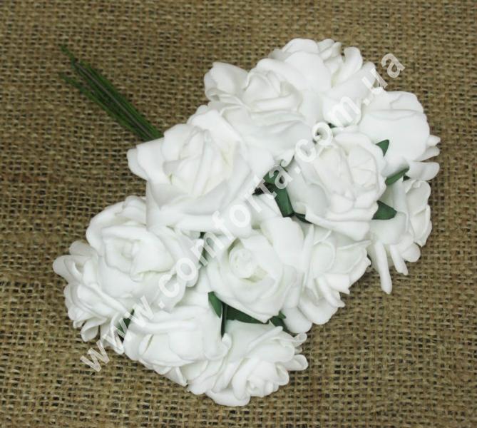 Букет роз из латекса (12 шт), высота - 18 см, цвет - белый