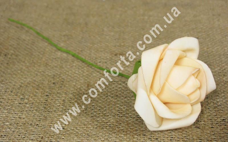 Роза нежно-персиковая из латекса, высота - 25 см