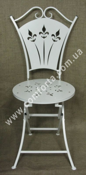 стул раскладной металлический, высота - 1 м, ширина - 50 см