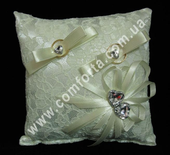 кремовая подушечка для колец из кружева, размер - 16 х 16 см