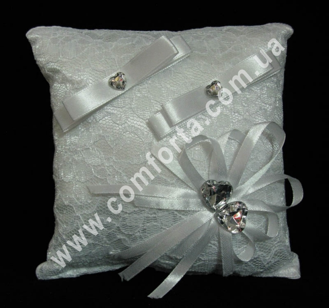 белая подушечка для колец из кружева, размер - 16 х 16 см