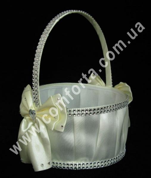 кремовая корзинка для лепестков, материал - атлас, размеры - 22 х 19 см