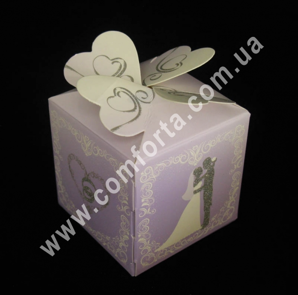 коробочка для конфет сиреневая, размеры - 6 см х 6 см х 10 см, материал - картон