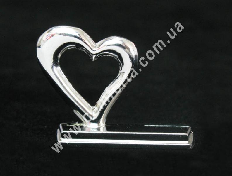 металлический держатель для рассадочных карточек в виде сердца, размеры - 2,8 см x 3,4 cм