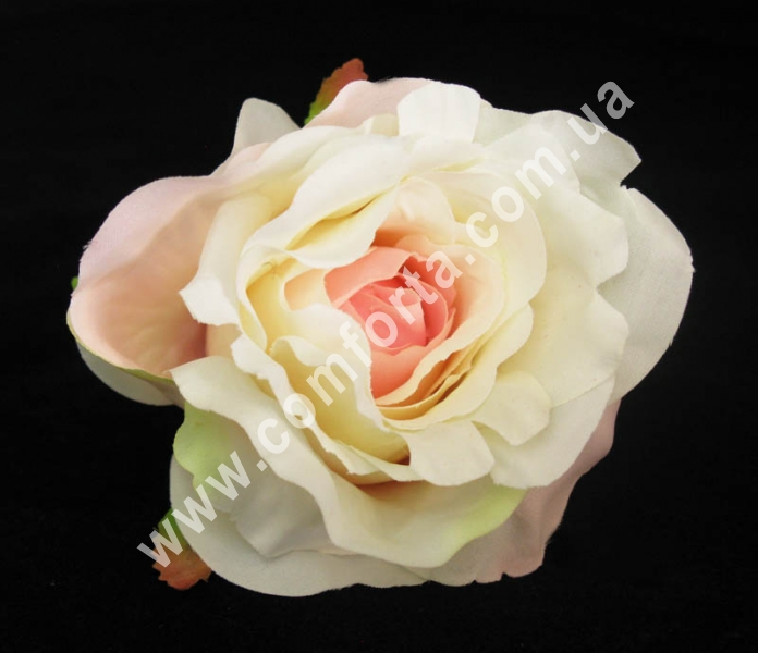 головка розы кремово-розовая, диаметр - 9 см, материал - ткань
