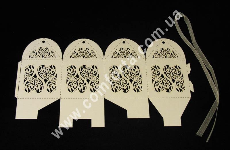 коробочка для конфет, кремовая, размеры - 9 см х 5,5 см х 5,5 см, материал - картон